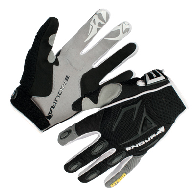 MT500 Glove Black