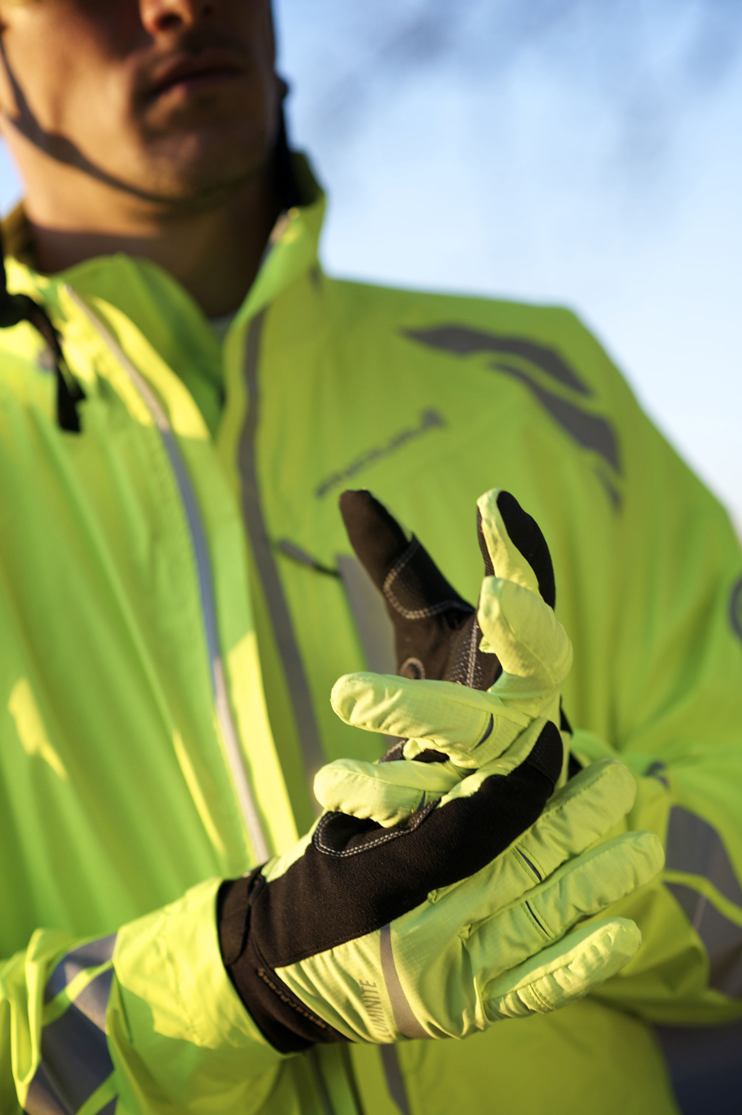 Luminite Glove - Visibilty and Comfort