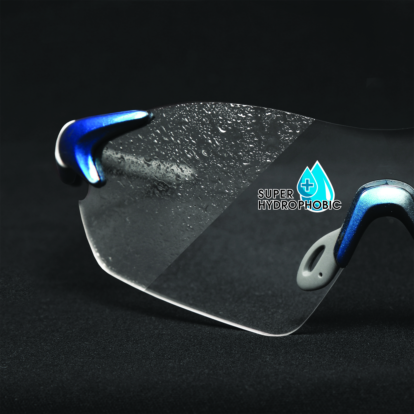 Super hydrophobic finish (on clear lens only) repels water and spray on outside of lens