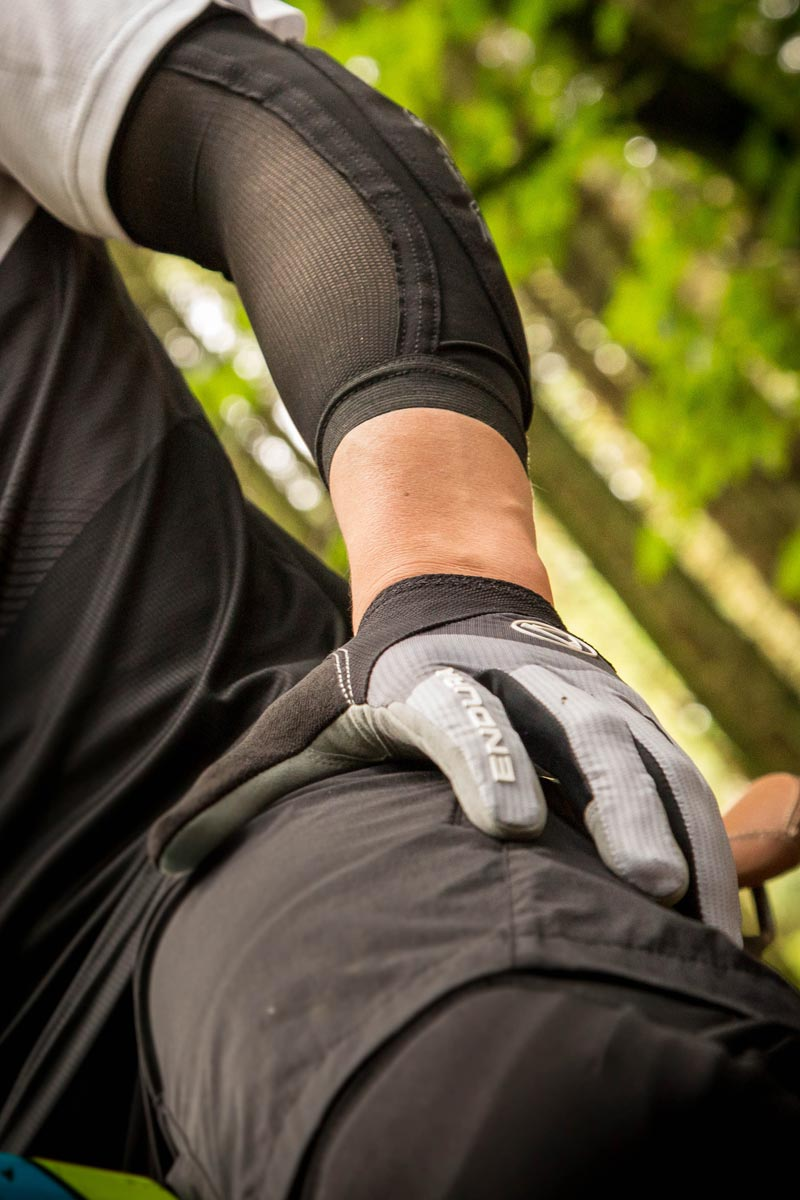 Lightweight Lycra® sleeve with high wicking, breathable mesh backing