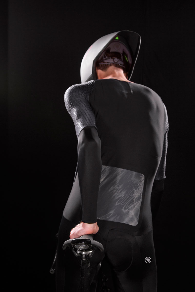 The halo piece of the Endura D2Z collection, the Encapsulator suit