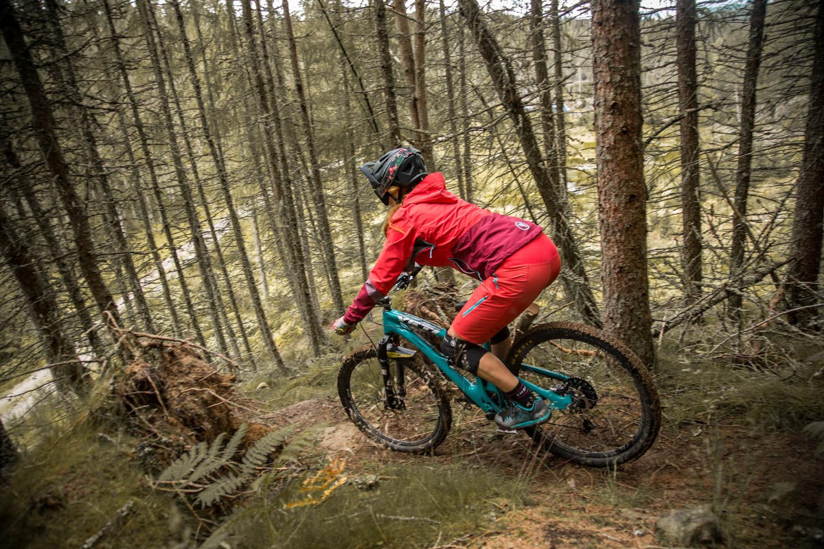 Perfect for nailing technical climbs and hammering descents