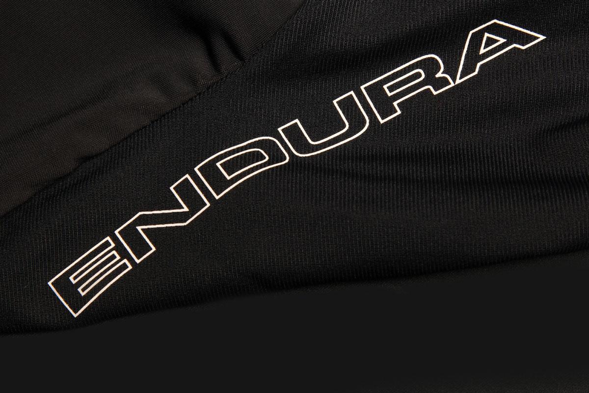 Reflective thigh logos
