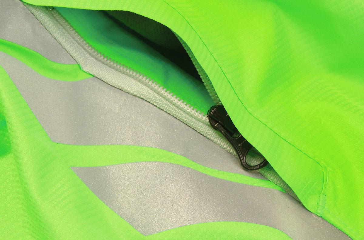 Zipped handwarmer pockets and elasticated hood