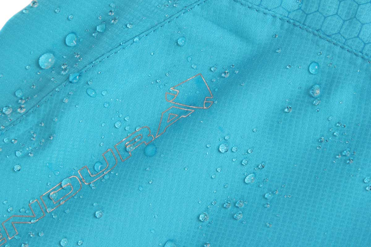 Lightweight waterproof/breathable ripstop fabric