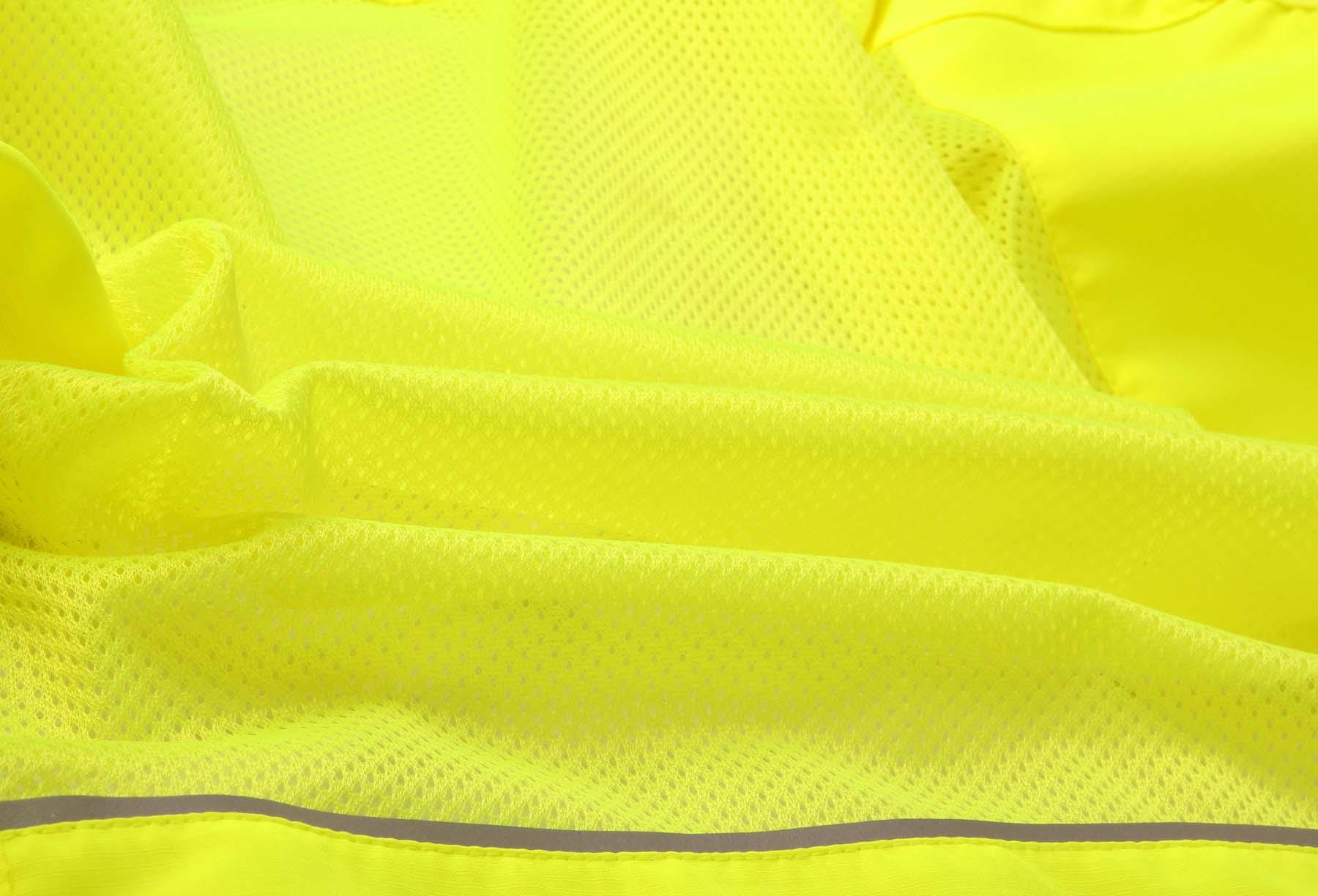 Venting mesh back panel
