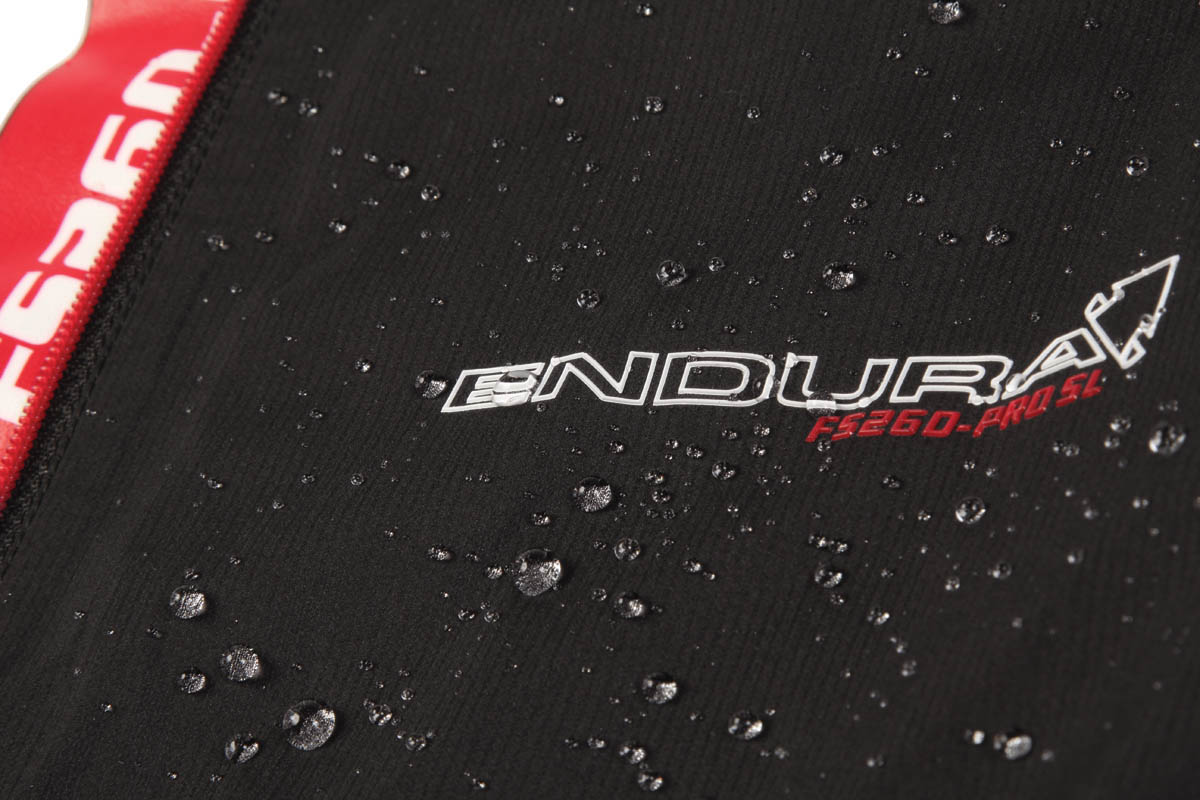 Lightweight, waterproof and breathable Exoshell40™ 3 layer fabric