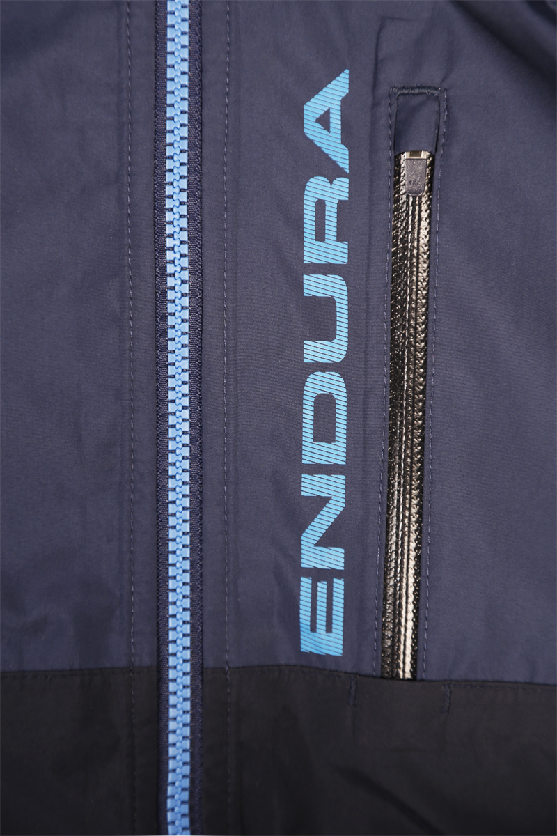 Zipped Napoleon chest pocket with media port