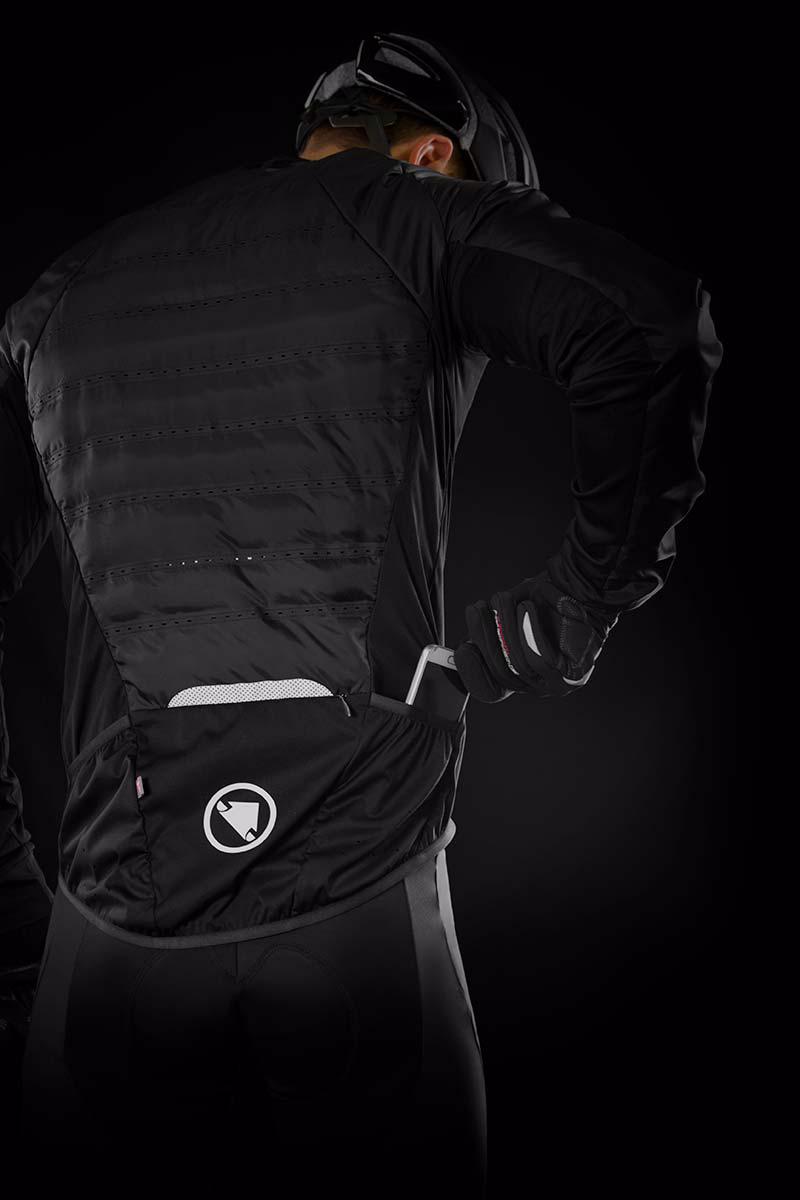 2 open rear pockets plus large zipped centre pocket