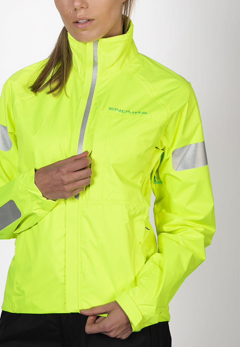 Zipped chest and hand warmer pockets